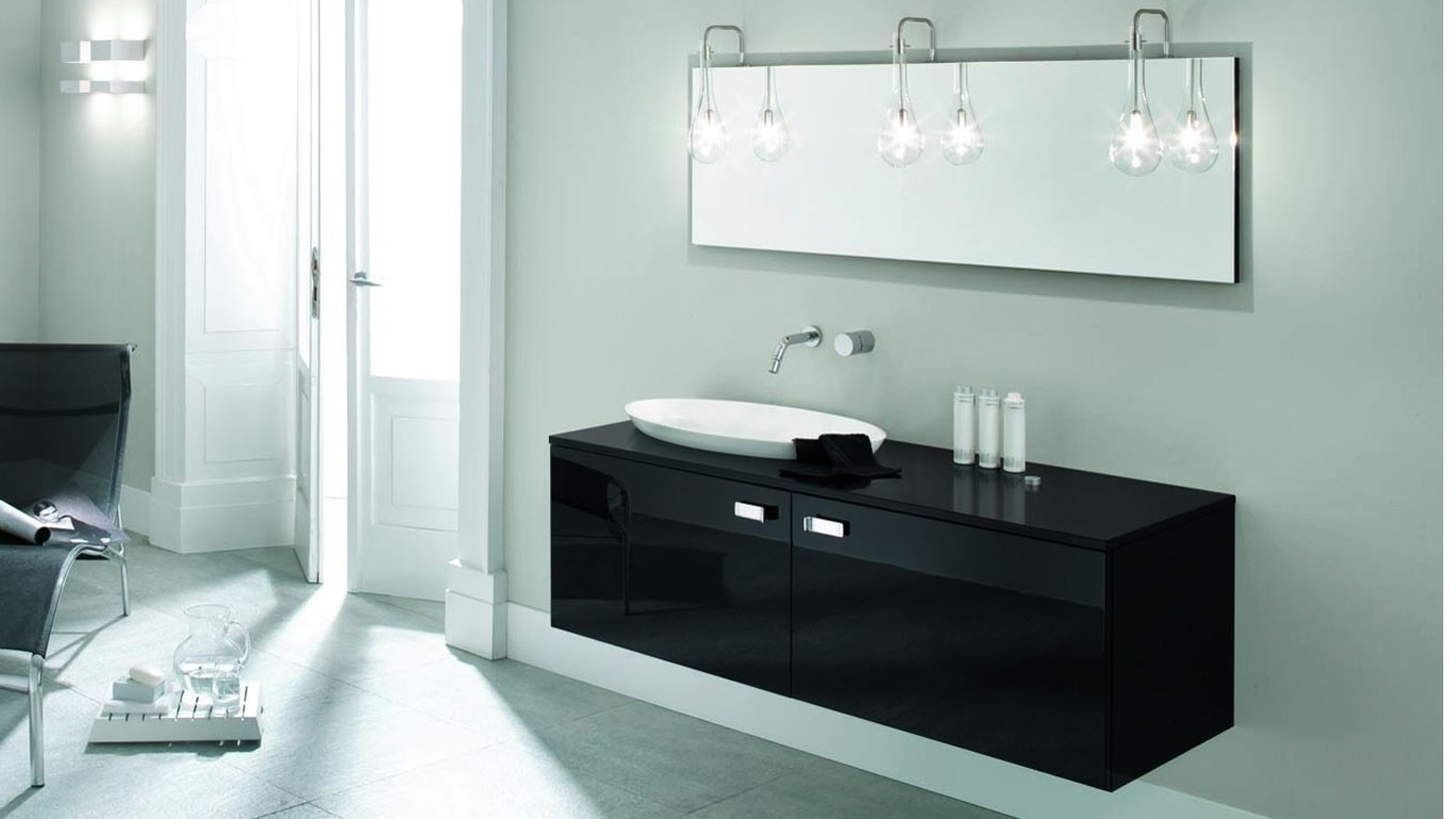 Mobili commerciale veneta beltrame for Bathroom designs normal